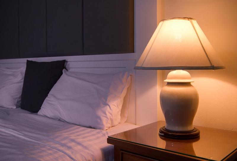 schirmlampe-schlafzimmer