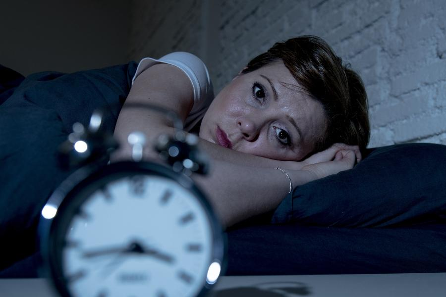 vollmond-schlafstoerungen-studie-mond-schlaf-auswirkungen