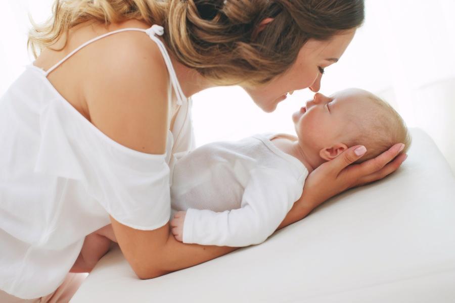 Das richtige Bett fuer die Allerkleinsten finden bett-fuer-neugeborene