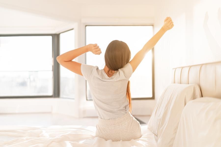 Gesunder Schlaf-Wach-Rhythmus-optimaler-schlaf-vor-mitternacht