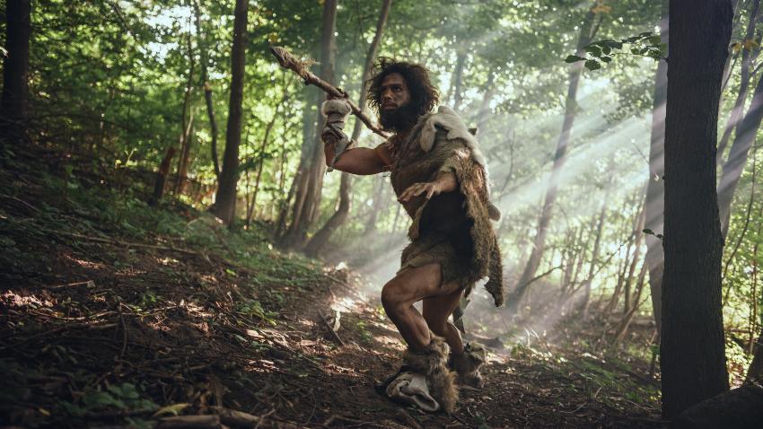 Jäger und Sammler mit einem Speer