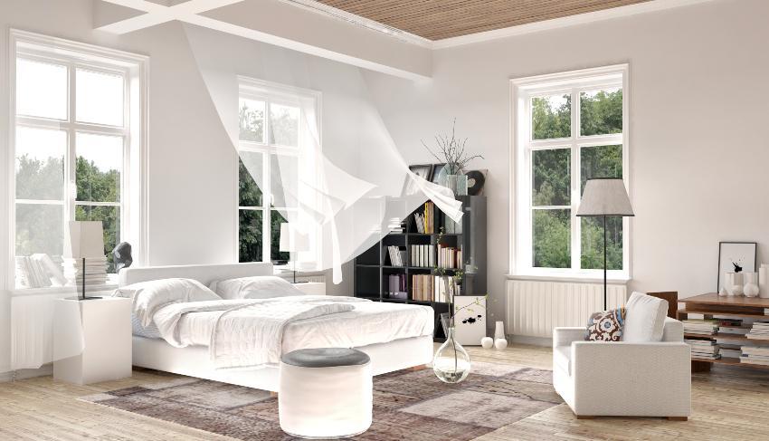 Schlafzimmer wird gelüftet - Teil der Matratzenhygiene