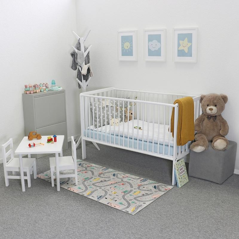 Betten-ABC Kinderteppich flachgewebt fuenf Motive Unterseite aus rutschfestem PVC-Leder