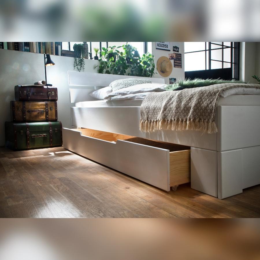 Bettkastenset Skadi aus Fichte mit passender Fußblende, Weiss lackiert
