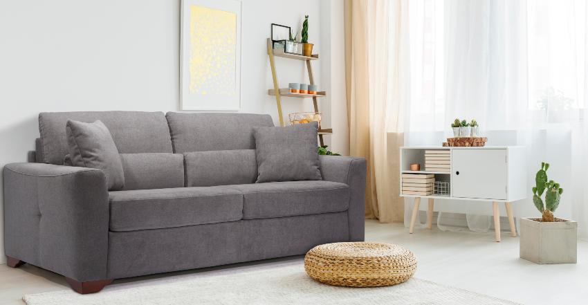 Betten-ABC Schlafsofa Modino, inklusive Matratze, Füße aus Massivholz, in modernem Grau Schlaf- und Wohnzimmer in einem kleinen Raum