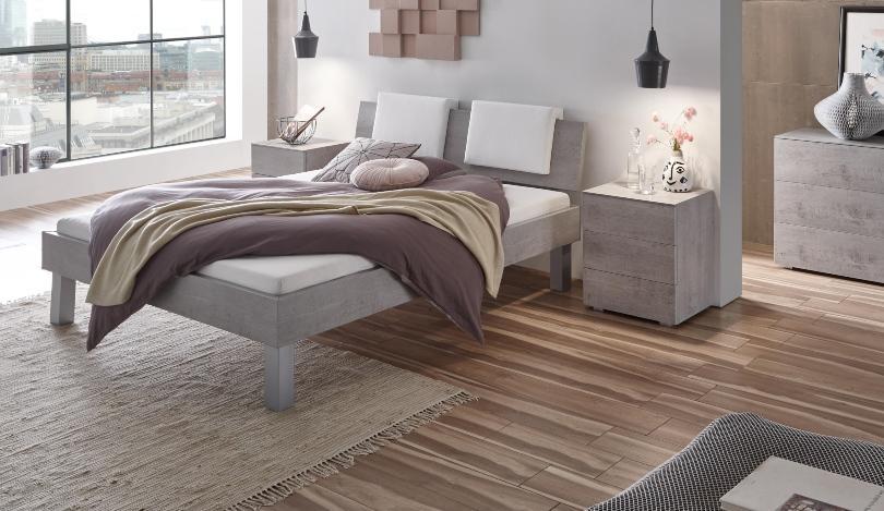 Hasena Nachttisch Triore, Farbe Beto, mit drei Schubladen, aus der Top-Line Serie - Schlafzimmerausstattung